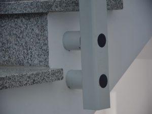 mocowanie platformy schodowej
